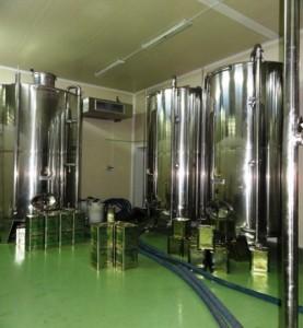 Doppelwandige Edelstahlstanks der Firma HERMES